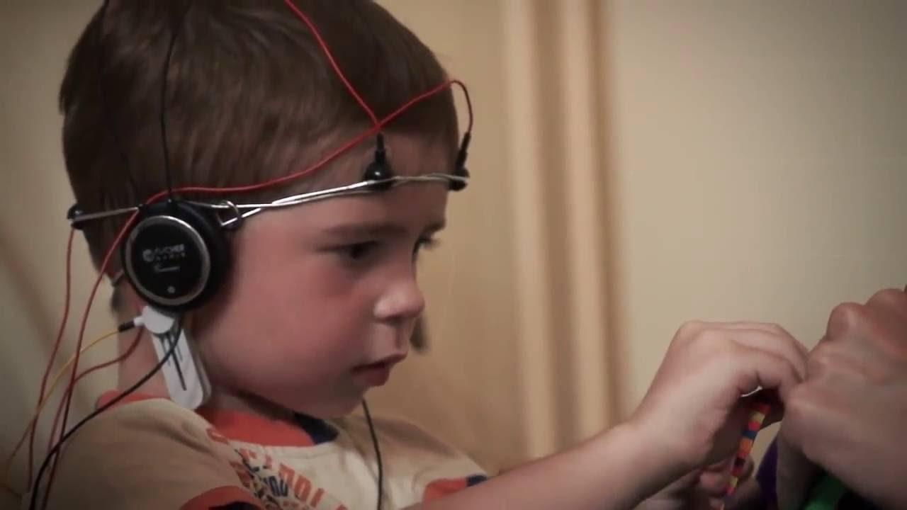 Снижаем нагрузки в школе: биоакустическая коррекция мозга